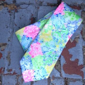 Lilly Pulitzer Silk Tie Spring Color Vivid Pattern
